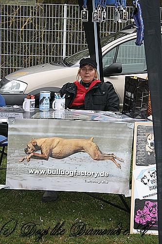 FruehlingPitStaffCo-2013-002